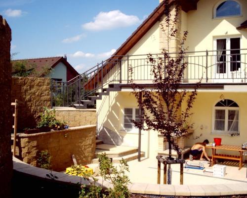 0023. venkovní schodiště a zábradlí, RD Ostopovice