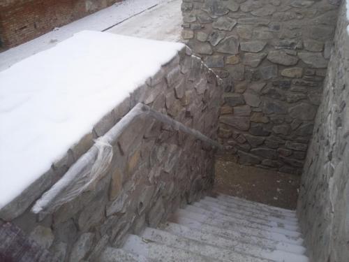 0036. nerezové madlo, venkovní schodiště, Hustopeče