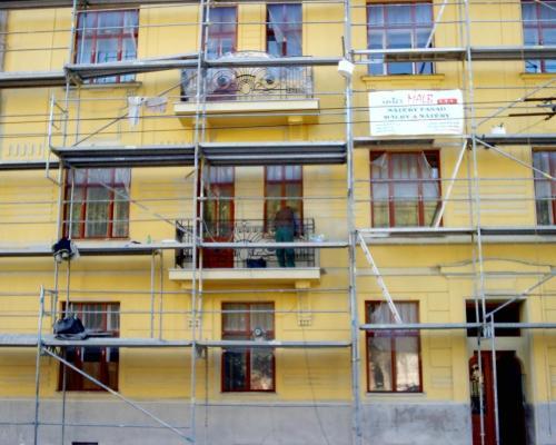0064. replika  zábradlí balkonů, prvorepublikového domu, Brno Hlinky